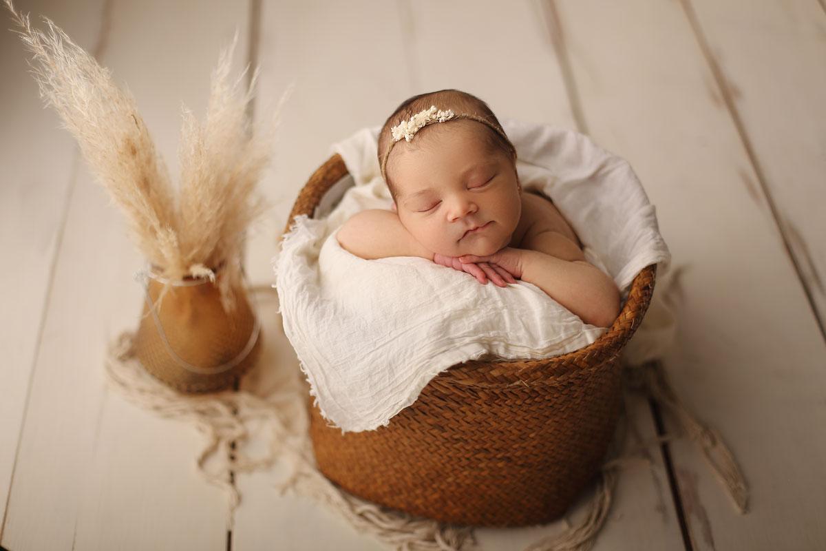 Sesiones fotográficas newborn-recién nacido en Badalona-Barcelona